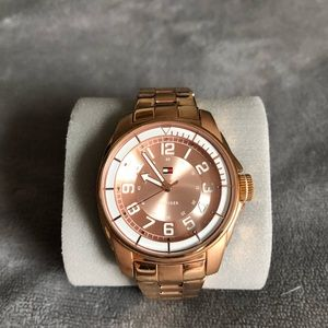 Tommy Hilfiger Classic Women's Watch rose gold